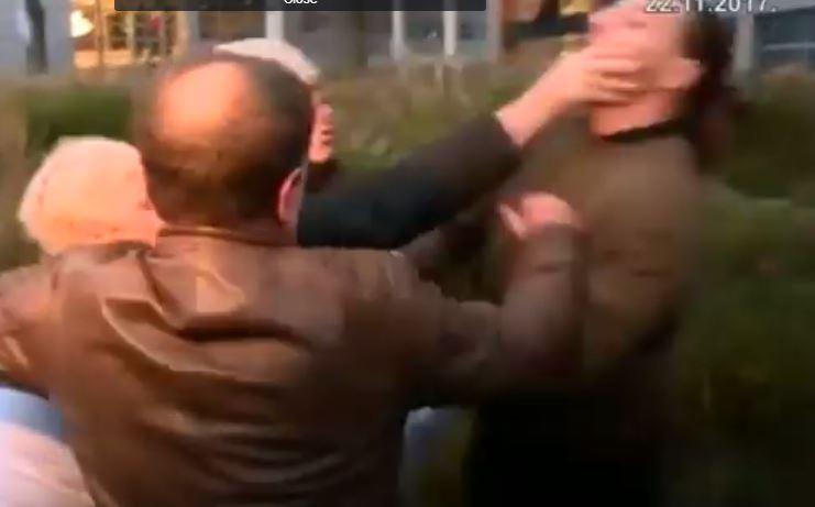 видео од инцидентот во Хаг пред изрекување на пресудата за Ратко Младиќ