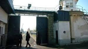 Затвореници подметнале пожар во Идризово, ги спасувале мобилните