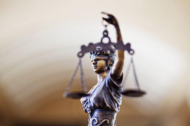И Кривичен го тресе непотизам, вработени ќерки и синови на судии