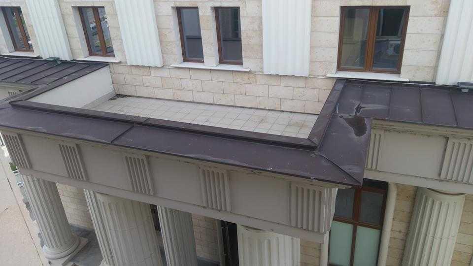 ФОТО: Кривичен со тераса без врата оти е опасно некој да не се фрли