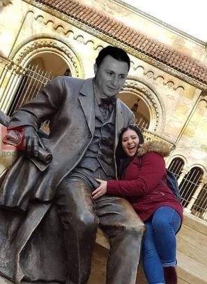ФОТО : Нова статуа на Груевски во Скопје!