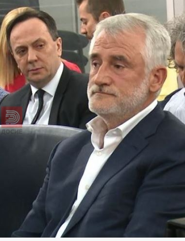 Одложено судењето Титаник 2: Тачи побара да присуствува на прославата на албанското знаме во Тирана