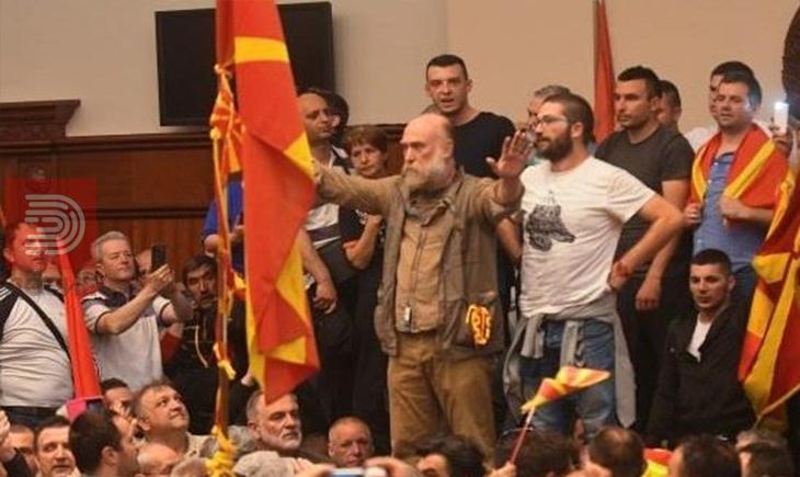 Бетмен повикувал на оро , Дамовски и актерот Јовановски ги повлекуваат доказите