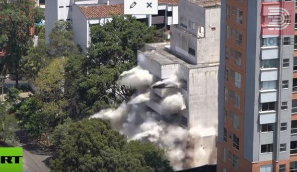 ВИДЕО: Урнат домот на нарко босот Пабло Ескобар, ќе се гради парк во чест на жртвите од наркотероризмот