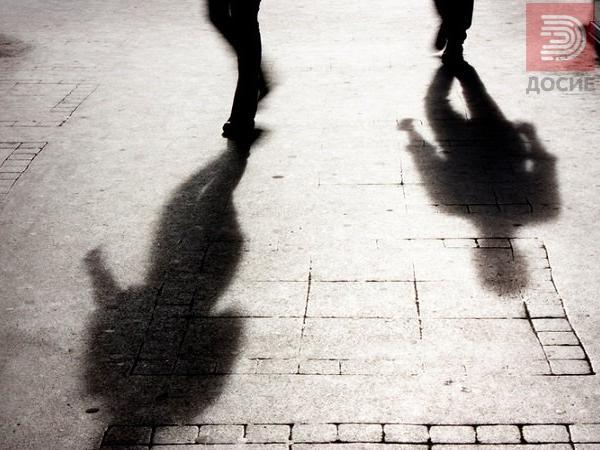 Татко осуден на 7 години затвор, ја присилил малолетната ќерка на брак и ја продал за 6.000 евра