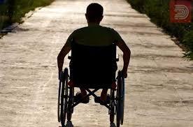 Државата ги дискриминира луѓето со инвалидитет и ние заслужуваме живот !