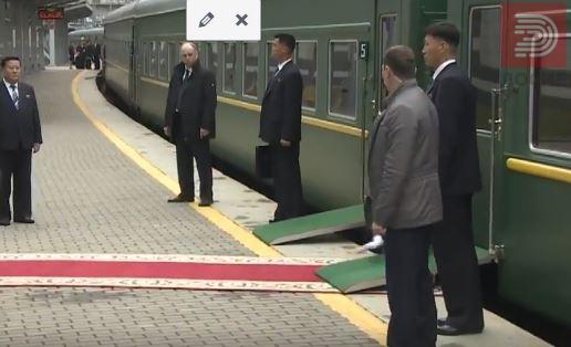 ВИДЕО : Лидерот на Северна Кореја Ким Џонг Ун во Русија влезе со воз