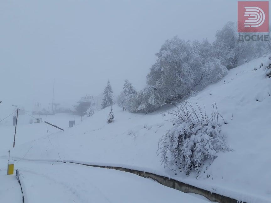 ВИДЕО: Шапка утрово со 30 сантиметри снег