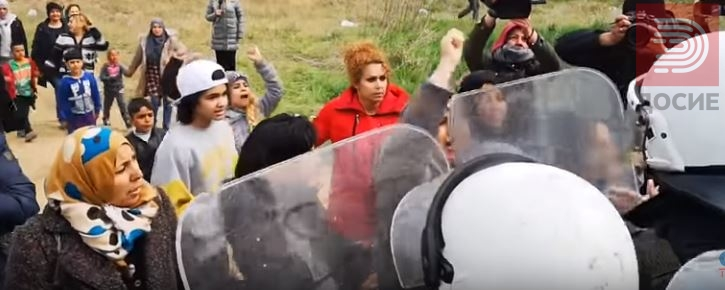 ВИДЕО: Лажна вест на ФБ ги крена жените мигранти од Солун кон границата со Македонија