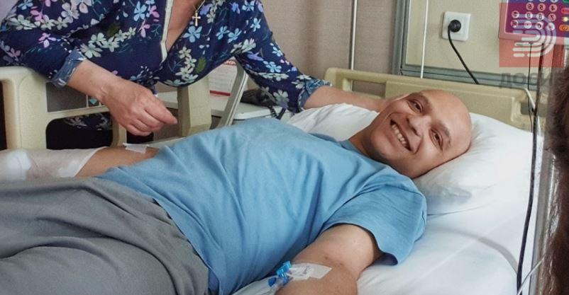 Да му го честитаме роденденот со смс – Зикер се бори со редок тумор
