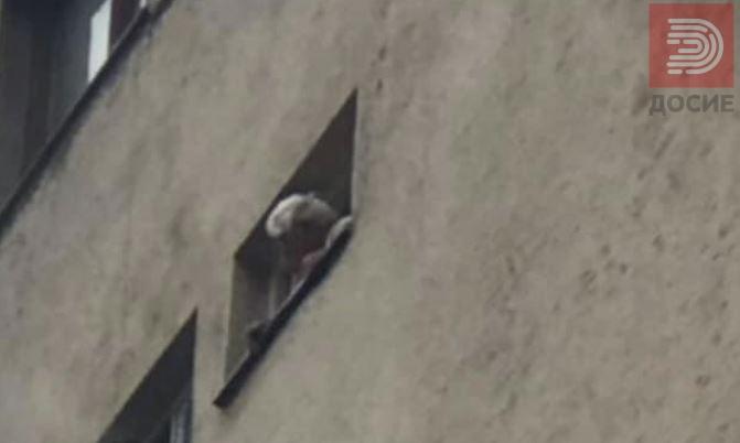 Заборавена тава со ориз во рерна причина за пожарот во Карпош