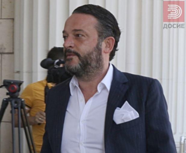 Камчев ги тужи Катица Јанева, син ѝ и обвинителката Стефанова