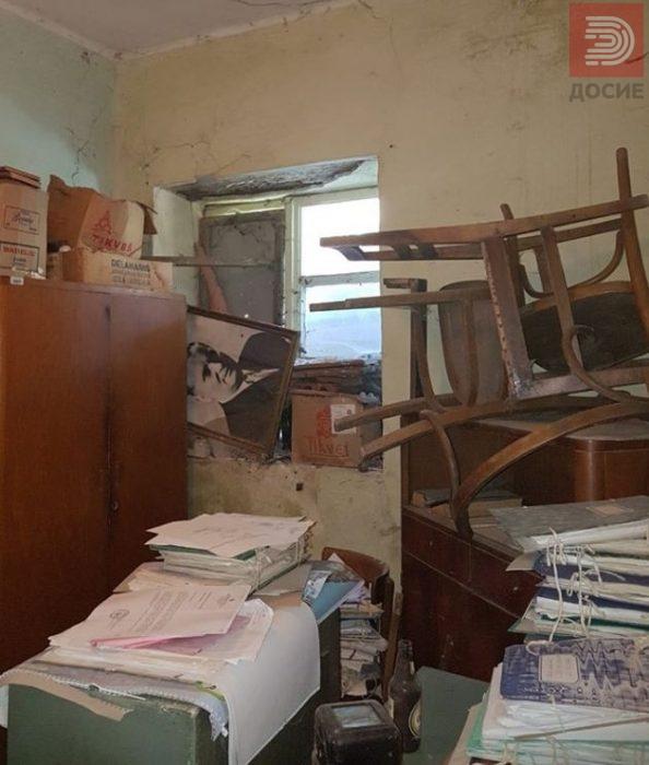 ФОТО: Матични книги се чуваат во канцеларии како штали