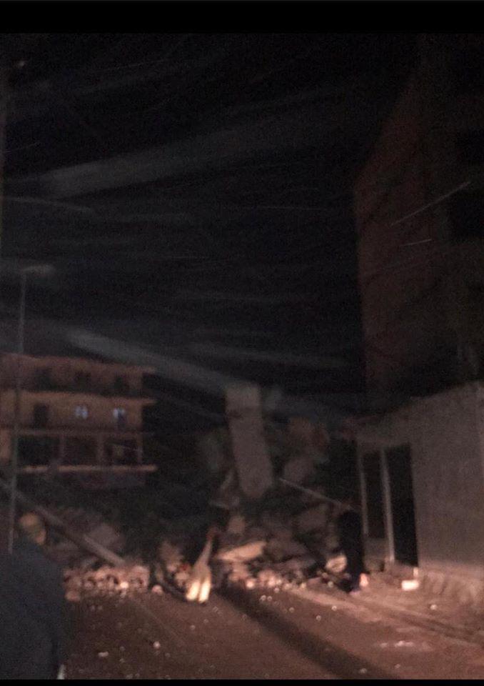 (Земјотрес Албанија) Дедо извлечен жив од под урнатите, умрел кога дознал дека внукот не е спасен