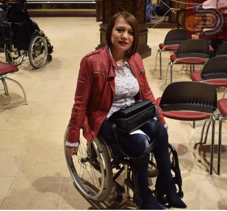 Нотарски потпис, лична карта и не се плаќа – активистката Бранкица Димитровска и други  собираат потписи лицата со попреченост да влезат во Парламент со независна листа