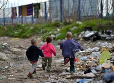 "ЕПИ: Расно профилирање на Ромите наспроти економска исклученост на ""невидливите"" без документи (EPI: Profilimi racor i romëve krahas përjashtimit ekonomik ""të fantazmave"" pa dokumenta)"