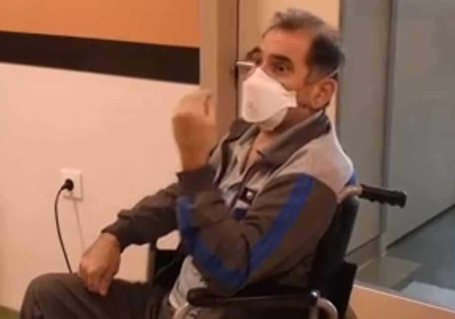 Видео: Лекар од Берово прв пациент вратен жив од респиратор – здрав заминува од Жан Митрев Клиник
