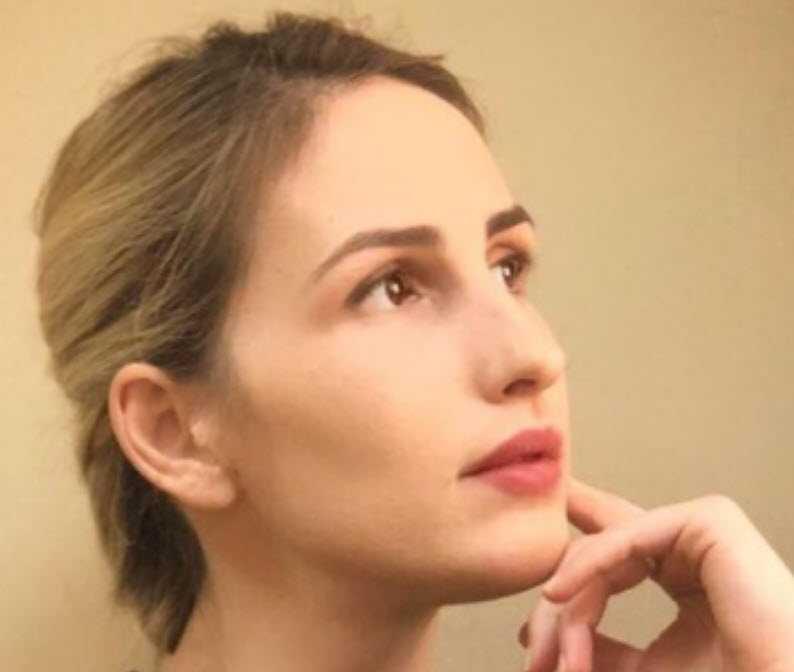 Лиса Шаќири до Груби и Касами: Престанете да ги претставите Албанците како глупи и прости