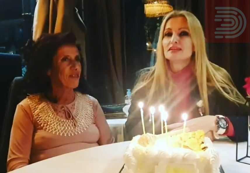 Првпат во 57 години Атиџе слави роденден, Турунџиева ѝ подготви големо изненадување