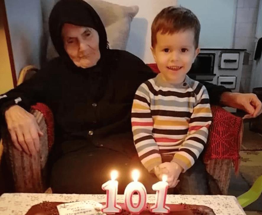(Фото) Најстариот жител на Делчево го прослави 101 роденден