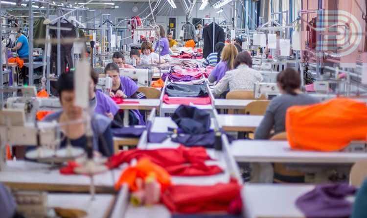 Поради доцнење на државната помош, над 3.500 штипски текстилни работници на колективен одмор