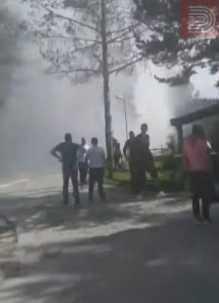 """Туристите помагале во гасењето на огнот, истрагата ќе потврди дали пожарот кај """"Аурора"""" избувнал поради човечки фактор"""